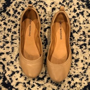 Lucky brand Emile Flats - cream /nude leather -6.5